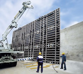 Construction of very high walls with MEGAFORM