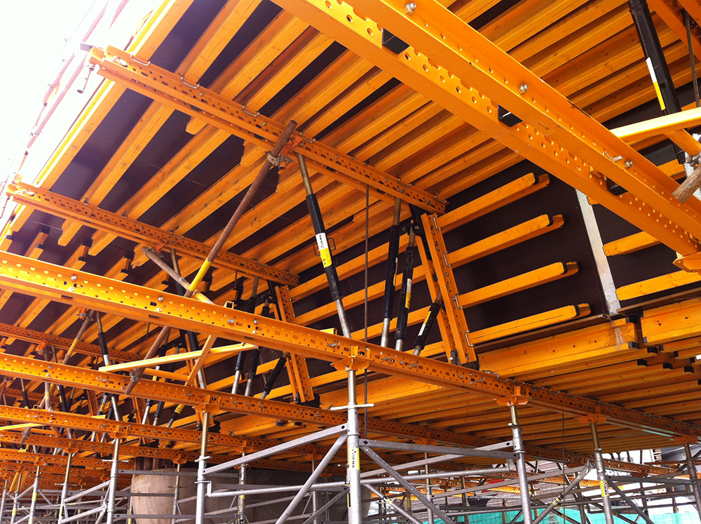 Slab and bridge deck formwork ENKOFORM HMK | ULMA Construction