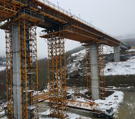 T-500 shoring system is ideal for the construction of high rise bridges