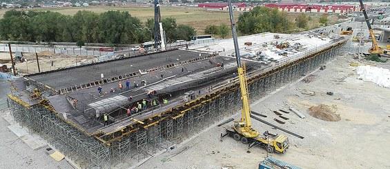 Construction of the road junction at the intersection of Ryskulov and Kuldzhinskiy streets, Almaty, Kazakhstan
